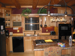 Custom Cabinets U0026 Kitchen Remodeling In Milwaukee, WI   Black Forest  Woodworks